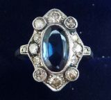 Beautiful art deco 18ct white gold 2ct Sapphire and Diamond cluster vintage antique ring
